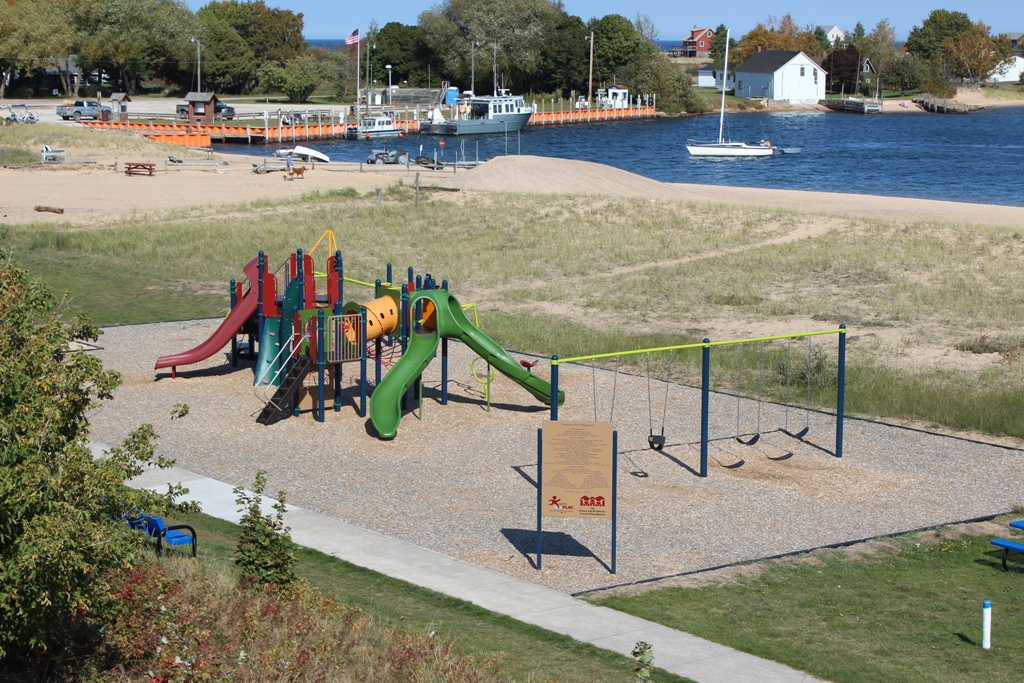Bayshore-community-park