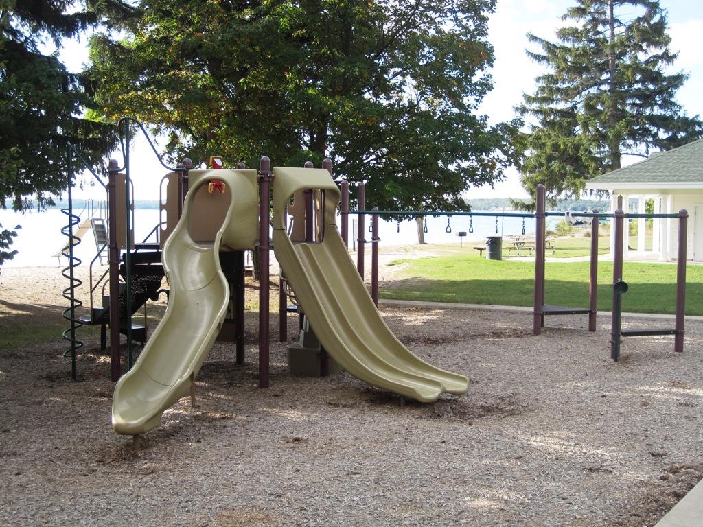 Charlevoix-Playground