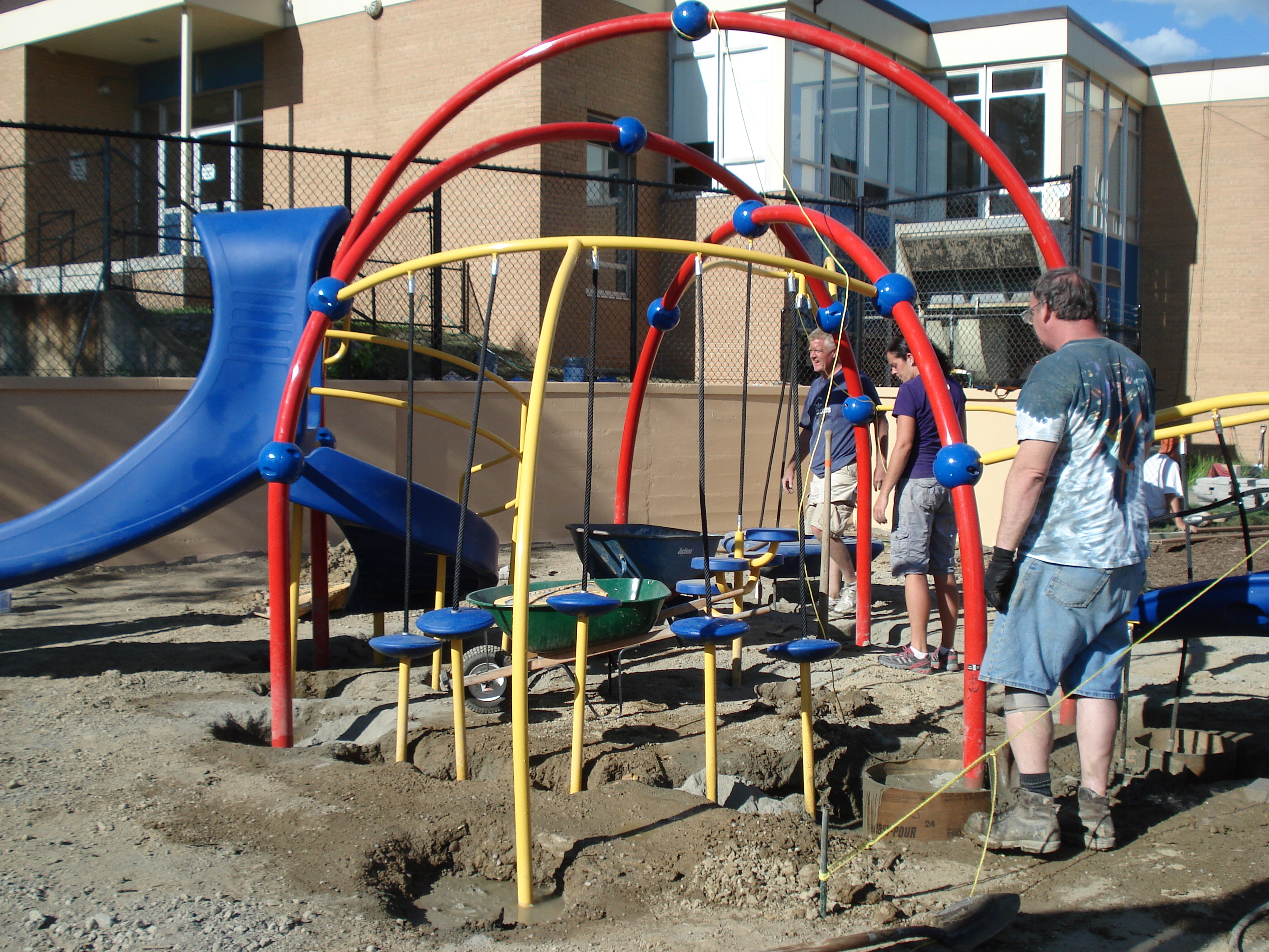 MichiganCommunity-Build-Playgrounds