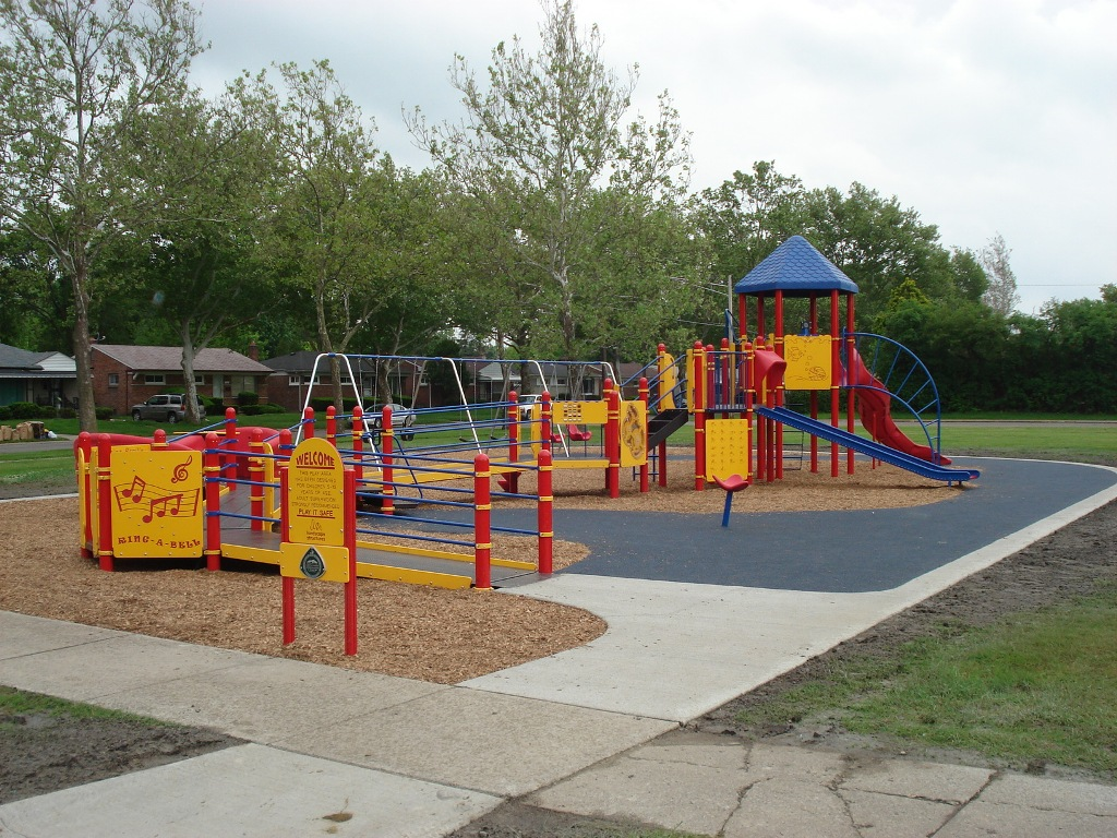 Playground-Inclusive-Play