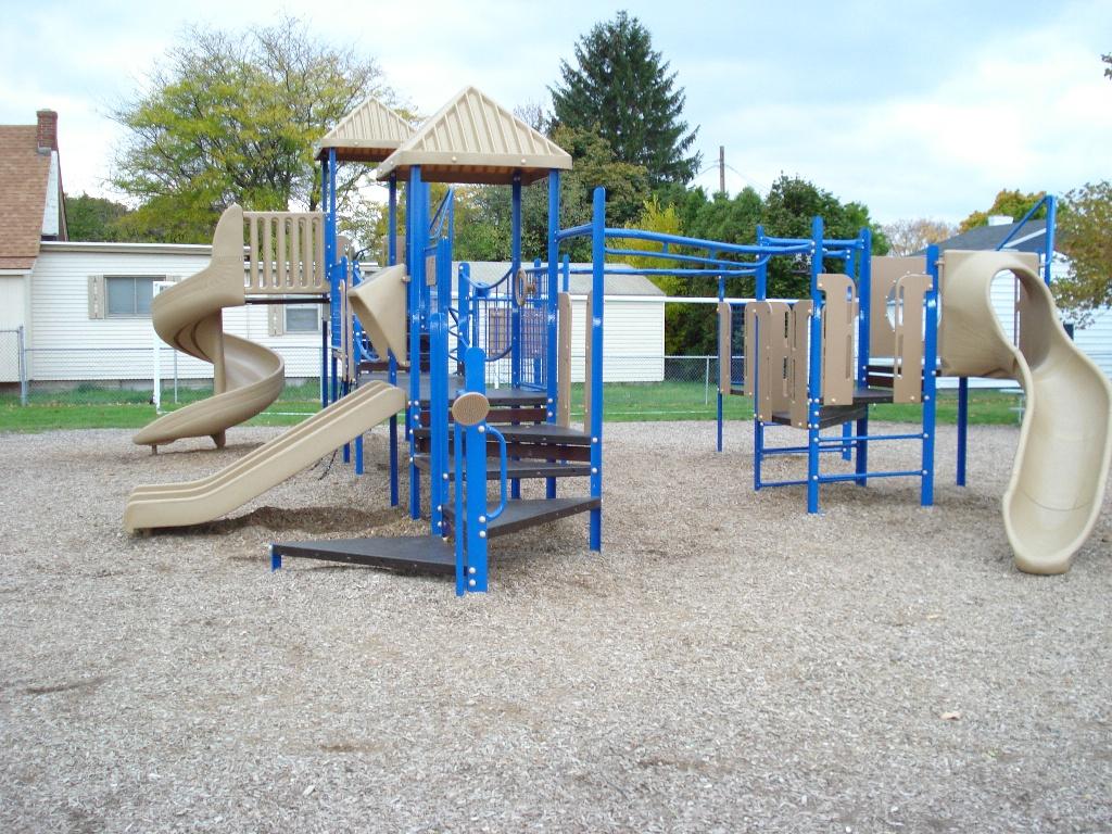 Playground-talk-tubes