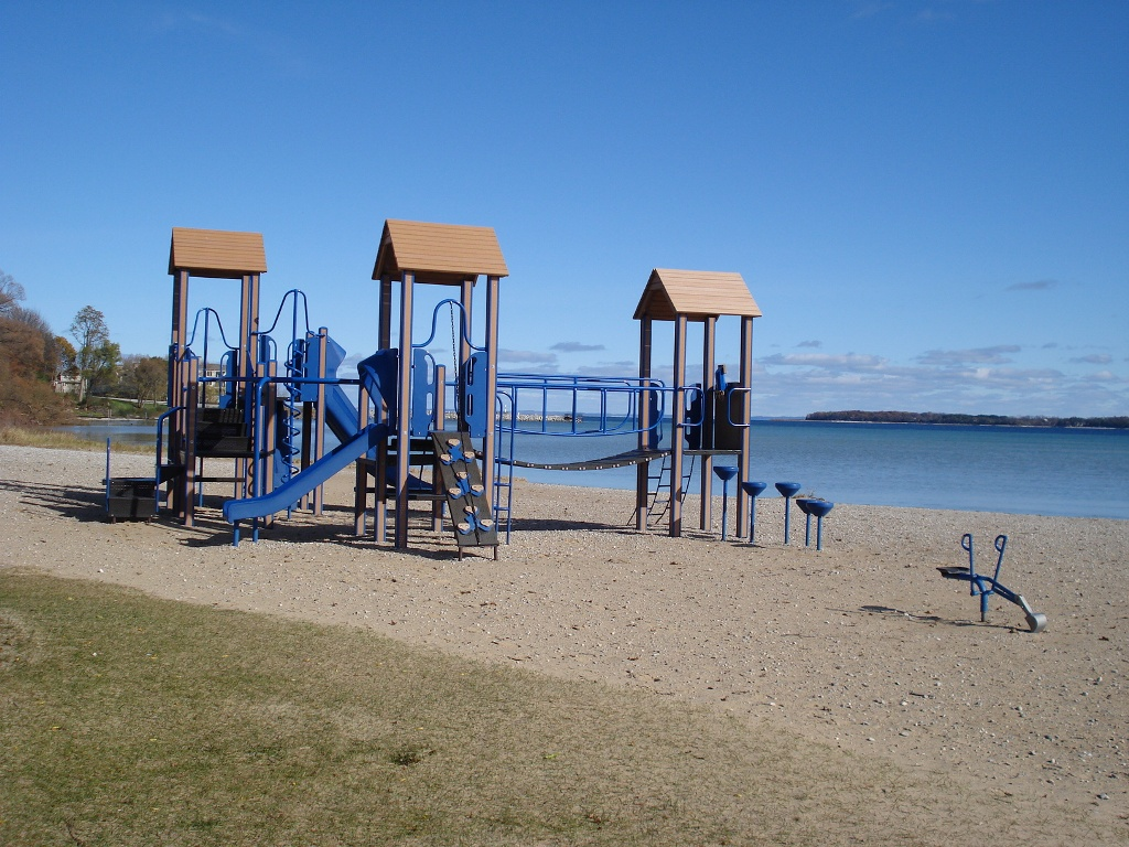 Lake-Michigan-Playground