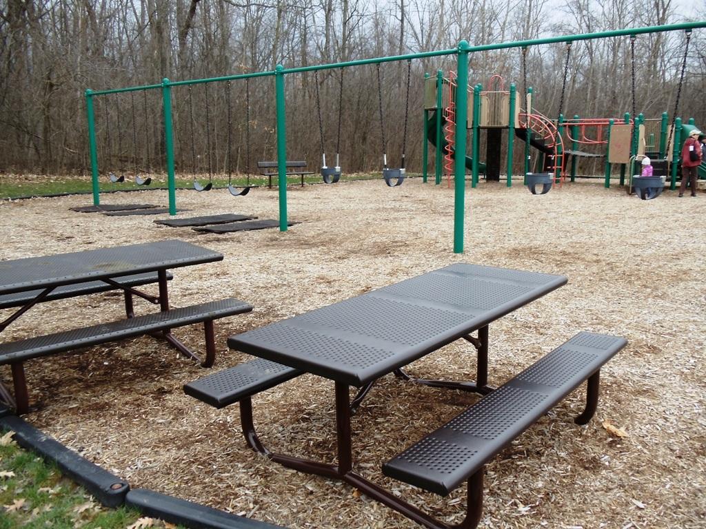 Landscape-Benches