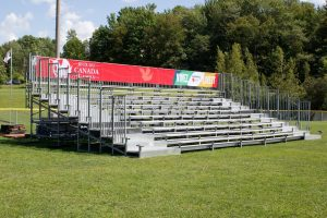retractable outdoor bleachers